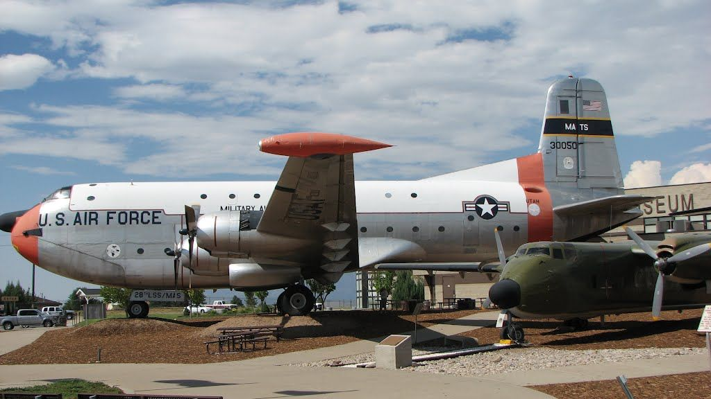 U S Cargo Planes 1950 S Us Air Force Cargo Plane Displayed At Air Museum Hill Af Base Aircraft Air Force Us Air Force