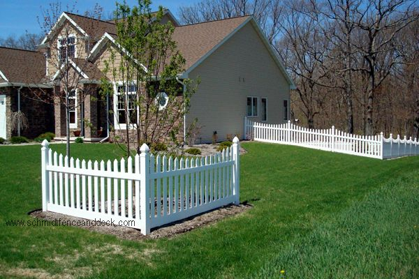 Corner Accent Fence Prescott Picket Fence Makes A Great