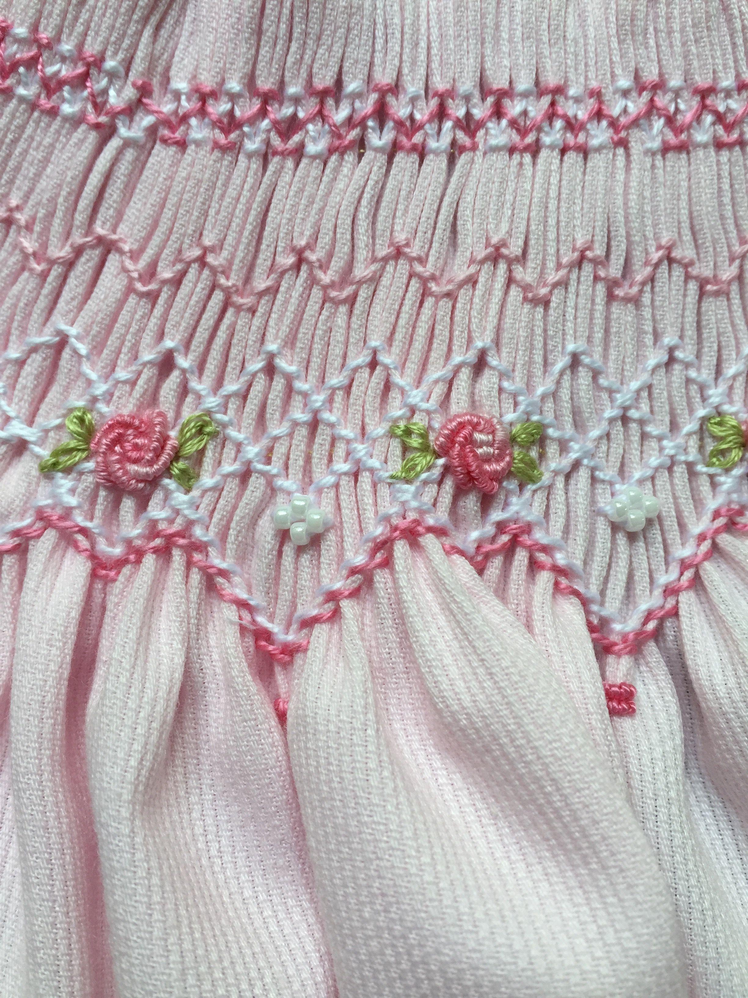 Bordado Por Marianela Collado Smocking Patterns