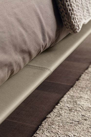 Double beds | Beds and bedroom furniture | Aqua | Presotto. Check it out on Architonic
