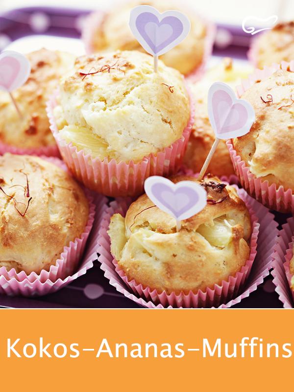 Mit Öl und Joghurt werden die Kokos-Ananas-Muffins so richtig saftig. Brauner Z... - Kristin&BundtCakeRecipes