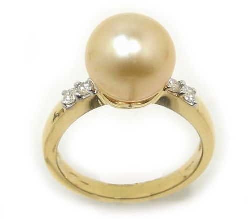 South Sea Golden Pearl Ring with Round 10mm Pearl in 18k Gold, 0.17ct Diamonds
