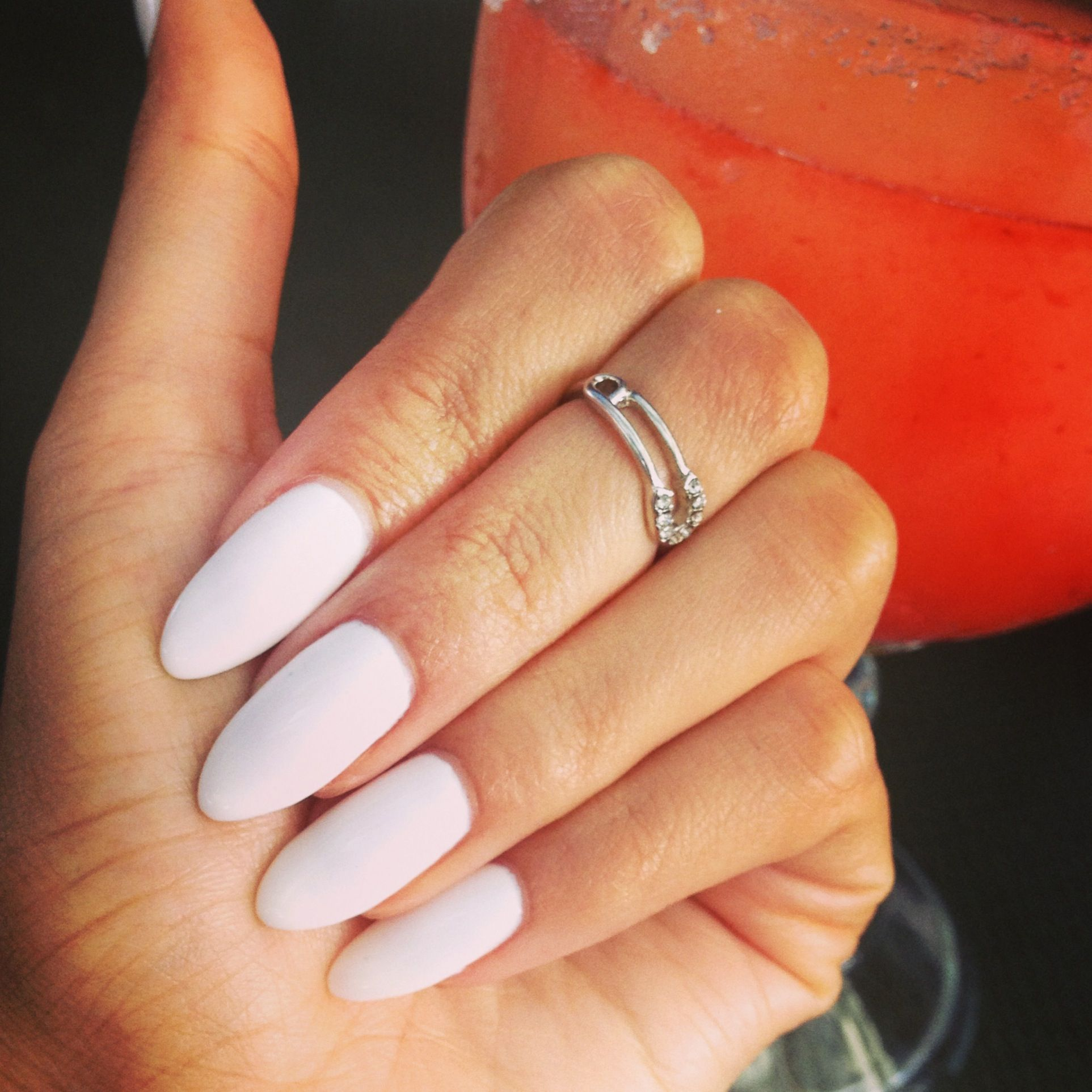 White almond shaped nails | My nails! | Pinterest