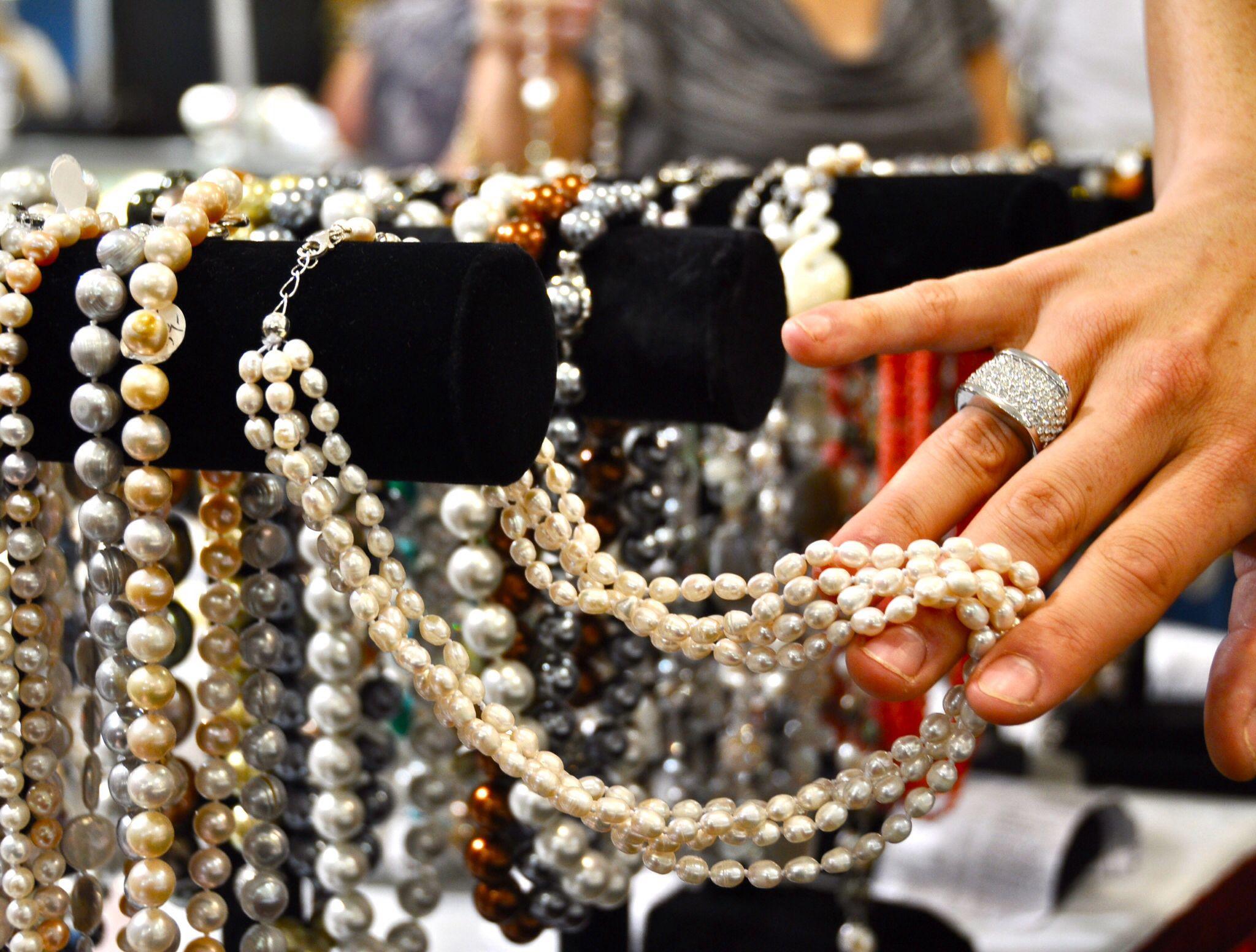 Pearls Jewelry show, Gem and jewelry show, Jewelry