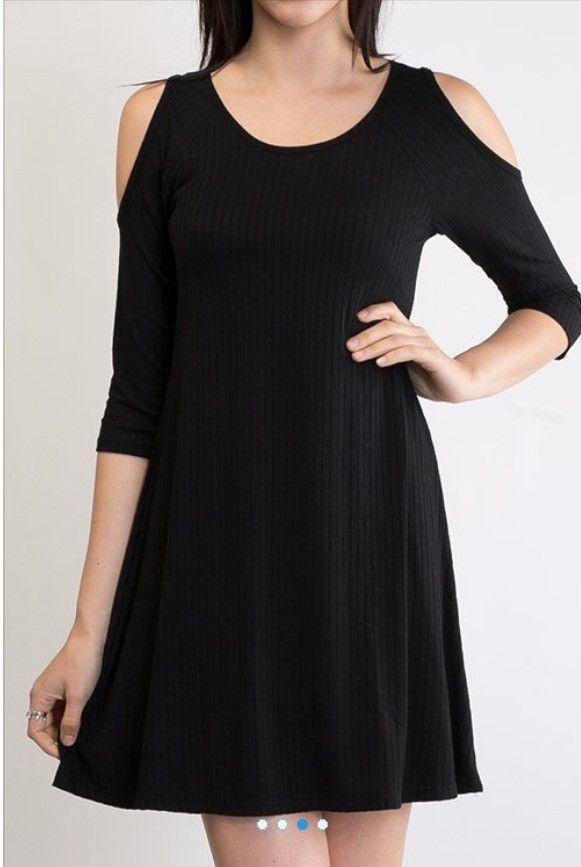 Black, Ribbed, 3/4 Length Sleeve, Cold Shoulder Tunic/Dress
