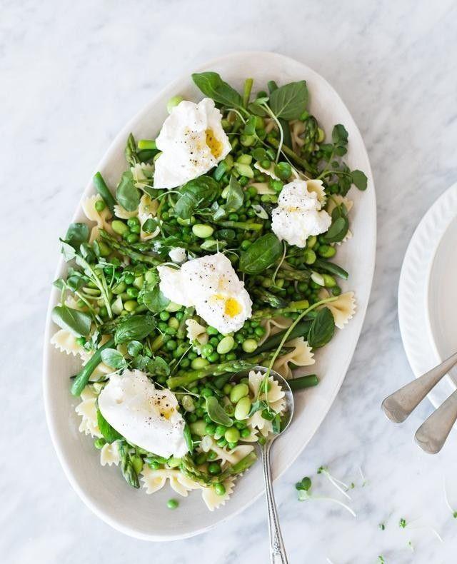 """Laitues Mirabel on Instagram: """"L'automne est timide donc on peut encore se permettre des saveurs de l'ancienne saison comme cette salade de farfalles, burrata et légumes…"""" #saladeautomne Laitues Mirabel on Instagram: """"L'automne est timide donc on peut encore se permettre des saveurs de l'ancienne saison comme cette salade de farfalles, burrata et légumes…"""" #saladeautomne"""