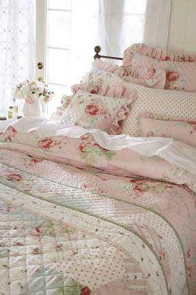 Shabby chic bedding Shabby chic Pinterest Dormitorio