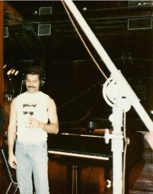 Freddie before record