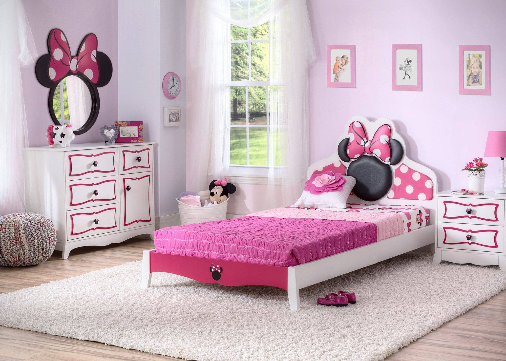 minnie mouse wooden twin bedroom collection gemma 39 s. Black Bedroom Furniture Sets. Home Design Ideas