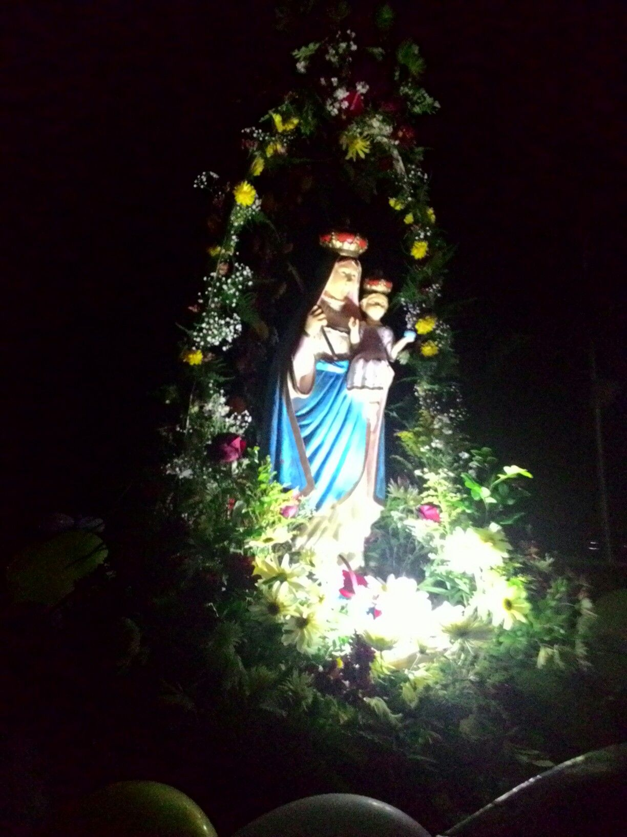 Nossa Senhora Do Livramento Com Imagens Arranjos De Flores