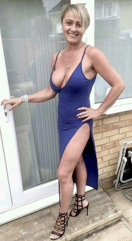 Lovely mature mother with sexy body