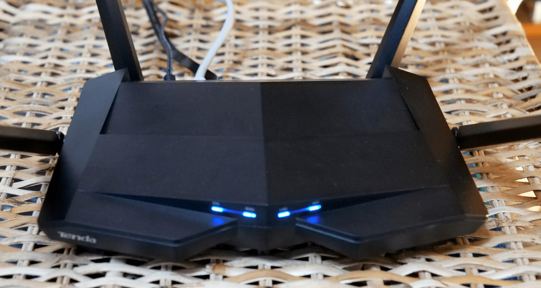 Router Wireless Tenda AC10U