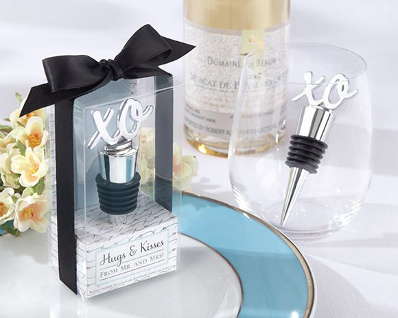 Wedding Favor: Hugs & Kisses XO Bottle Stopper Favor. Beautiful Wedding Favor any Theme! Perfect For The Black and White Wedding Theme.  www.ceceliasbestwishes.com