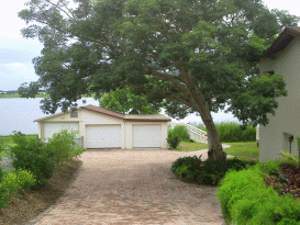 Lakefront Paradise 4 BR Mediterranean Home w Pool Home ...