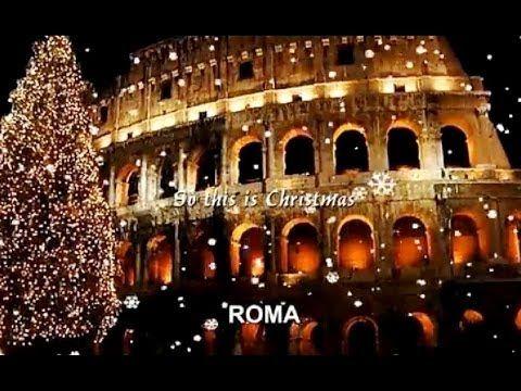 Le Piu Belle Canzoni Di Natale Le Piu Belle Citta A Natale John Lennon Enya Celine Dion Holiday Music Beautiful Songs Singer