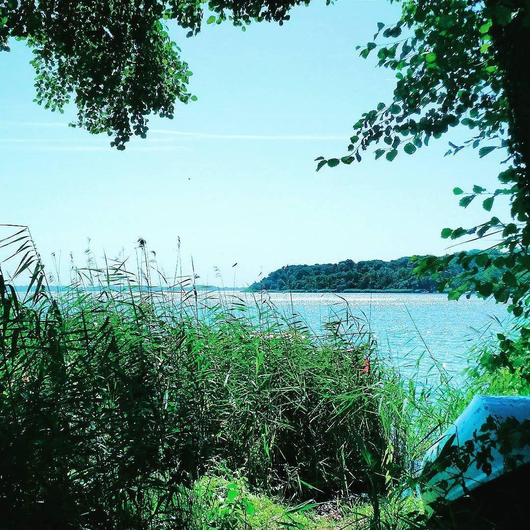 #nature #naturelovers #naturegram #nature_perfection #nature_captures #vscogood #vsco #vsocam #lake #boat #retrica #green #sky #clouds #heaven #photographer #photography #explorenature #explore #adventure #trees #instanature #instagood #instapic #beautifunature #picture #photo #photonature #photonaturelover #wild by lu_na95