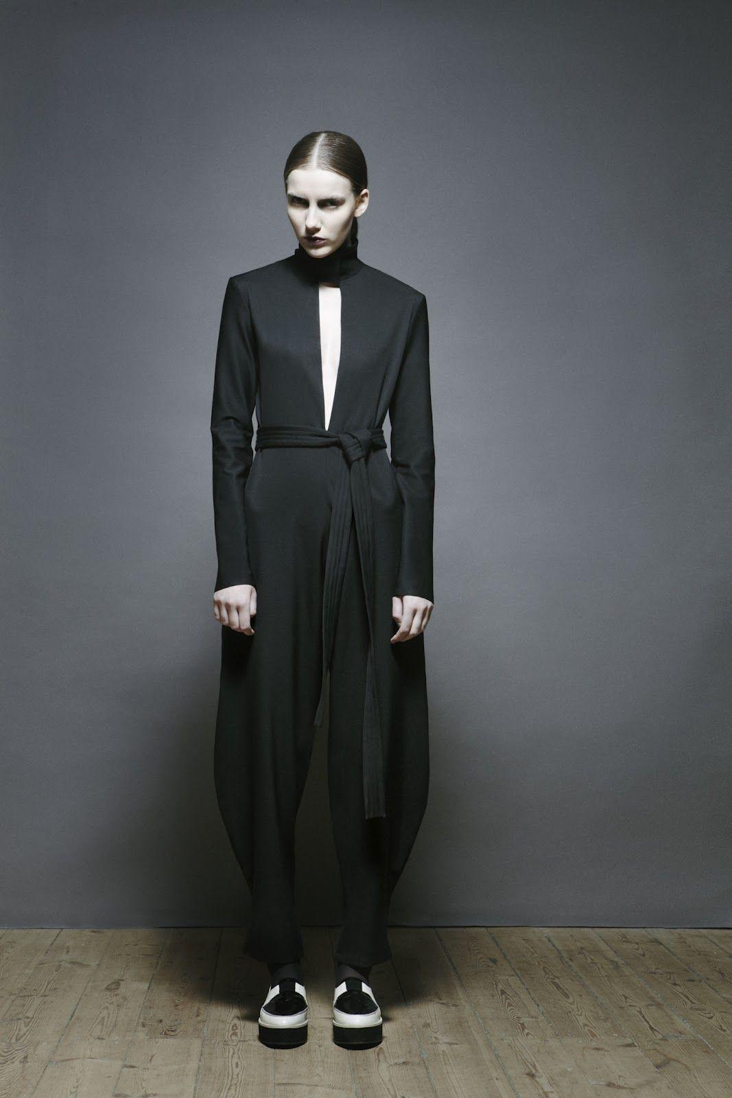 Fashion Pixel: Atifa Rasooli: Minimalism's Latest Ally