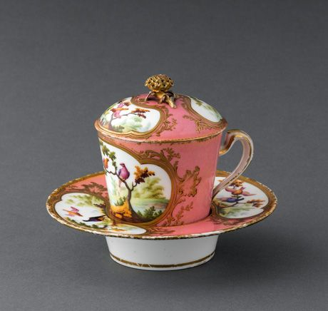 "Sèvres milk goblet (Gobelet à lait) with recessed saucer, sometimes also known as a trembleuse, ca. 1759. Its recessed or ""socketed"" saucer, allows the cup to fit snugly into its base. Introduced by the Sèvres factory in 1759. The cover conserved the milk's warmth."