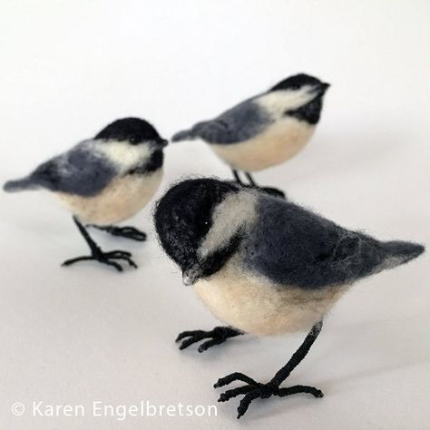 Needle felted chickadee on feet