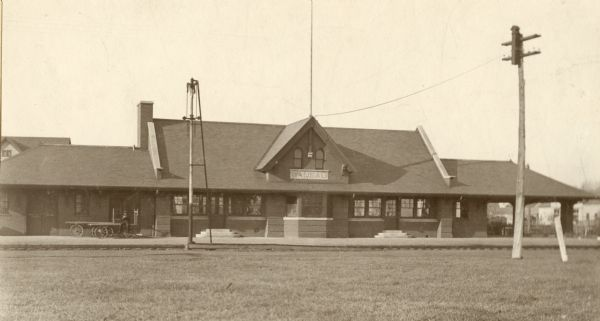 Wausau Railroad Station | Photograph | Wisconsin Historical Society