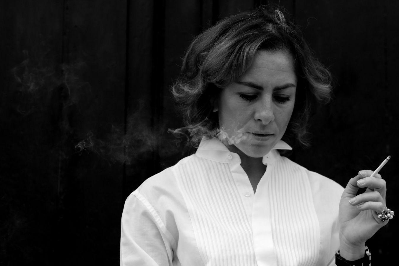 fashion-photography-The-Italian-Glam-italian-blogger-diaries #fashionphotography #TheItalianGlamdiaries #smoking #italianstyle