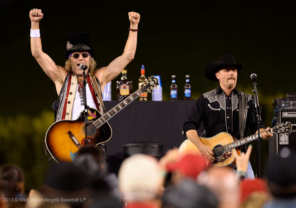 Big & Rich kicked off the postgame summer concert series on June 22nd at Angel Stadium