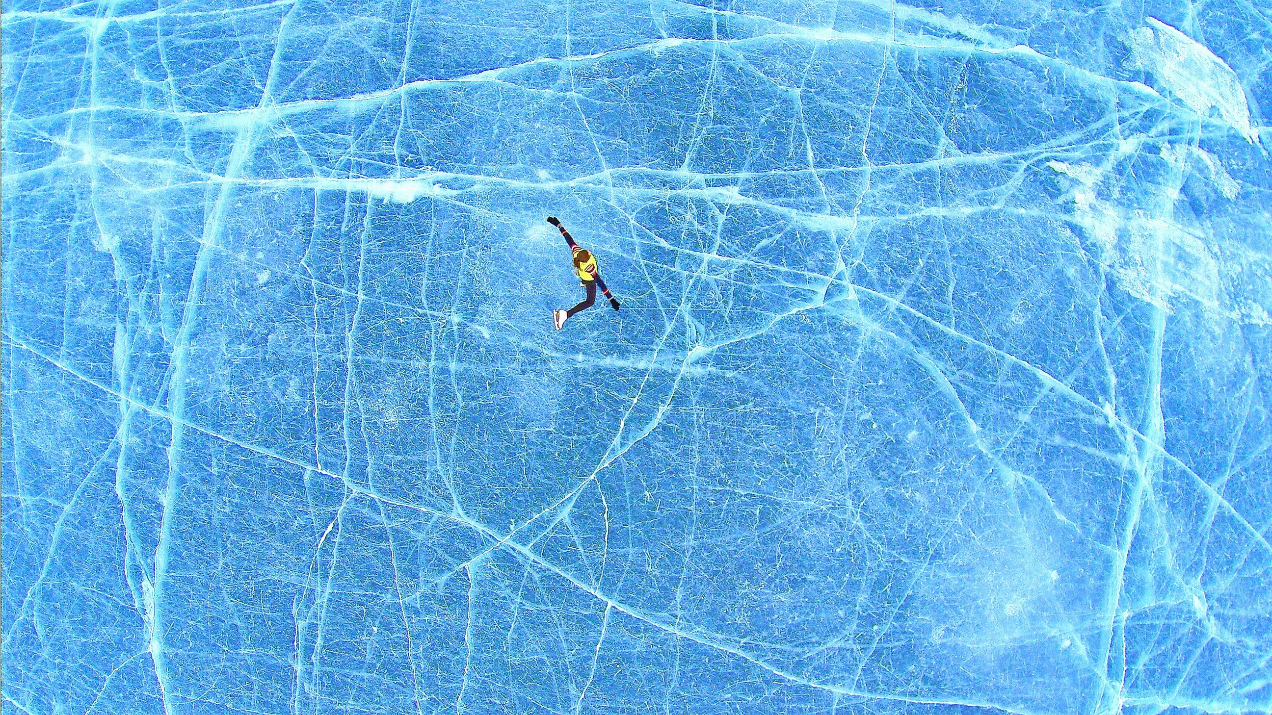 Ice Hockey Pictures Download Free Images On Unsplash Aerial Photography Social Media Photography Winter Images