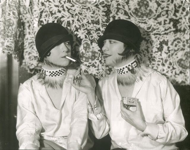vintage everyday: The Dolly Sisters – Scandalous Vaudeville Performers from the Jazz Age