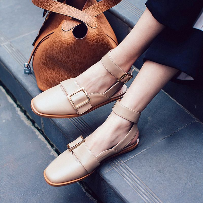 #chiko #chikoshoes #shoes #fashion #fashionable #style #lookbook #2017 #fall #winter #autumn #new #best #streetstyle #chic #trendy #streetfashion #maryjane #pumps #anklewrap #love #flats #nude