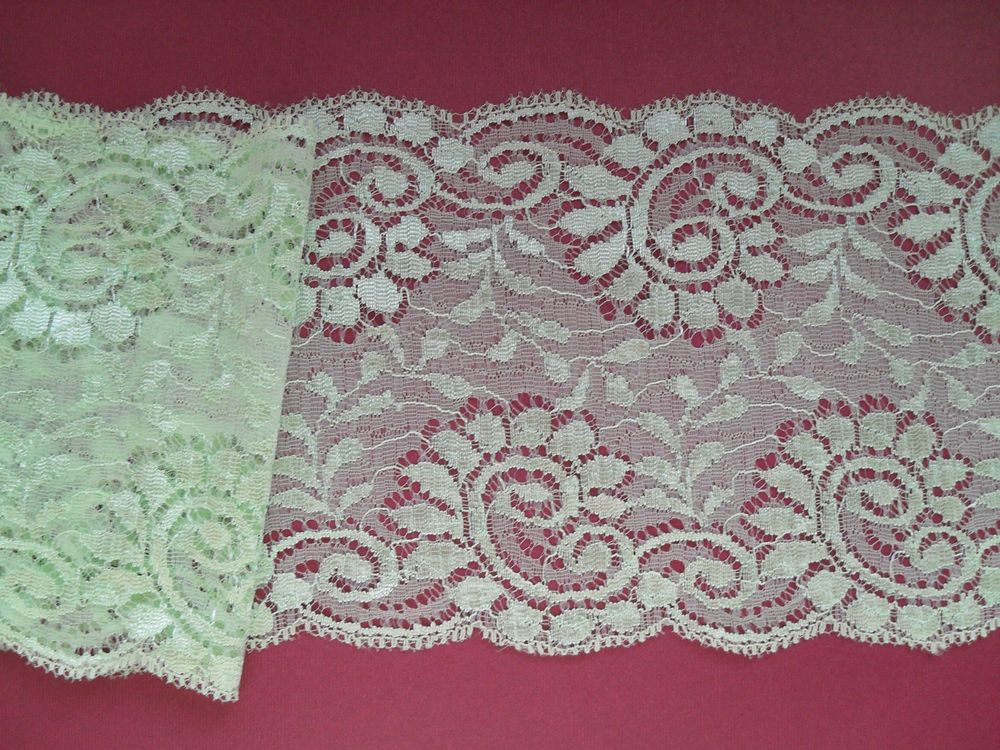 5 mts PRETTY MINT GREEN Lace  14 cm wide FASHION/TRIM/LINGERIE