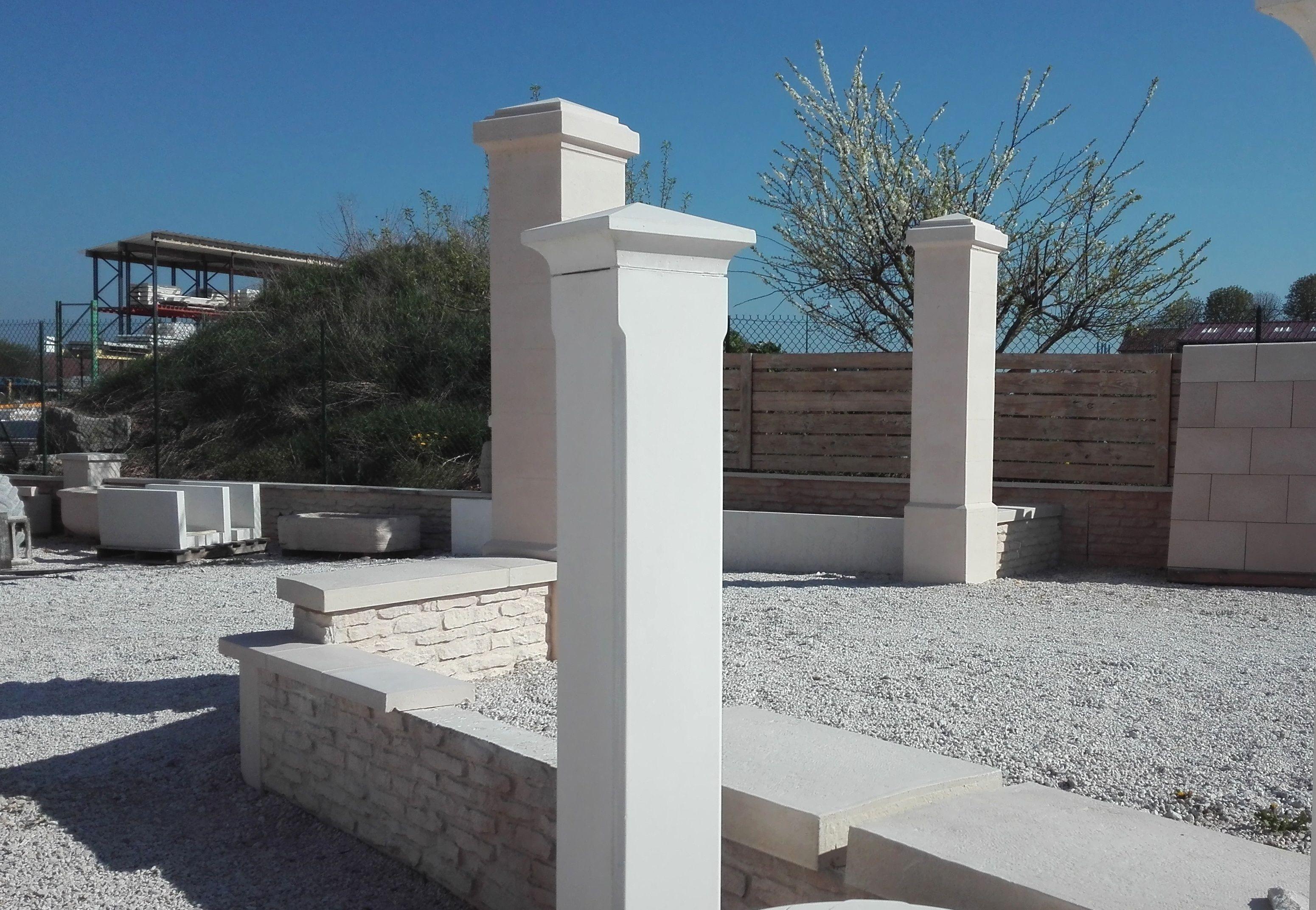pilier de portail et cl ture en pierre reconstitu e b ton pr fabriqu monobloc 25 cm lisse et. Black Bedroom Furniture Sets. Home Design Ideas