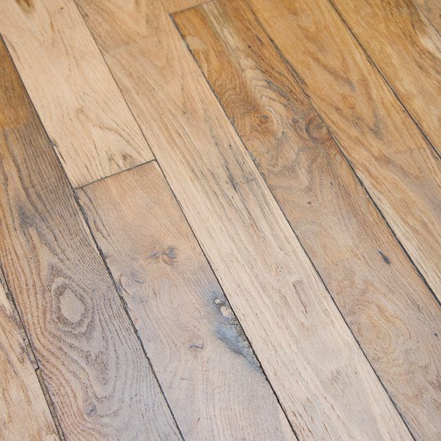 How To Remove Wax From Flooring With Images Cleaning Wood