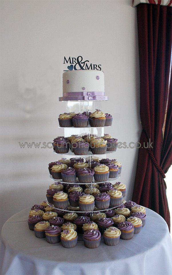 Wedding Cake 1113 1 Tier Round Wedding Cake And Cupcake Tower With Sugar Daisies A Mr Mrs Topper And Rib Round Wedding Cakes Cupcake Tower Wedding Cakes