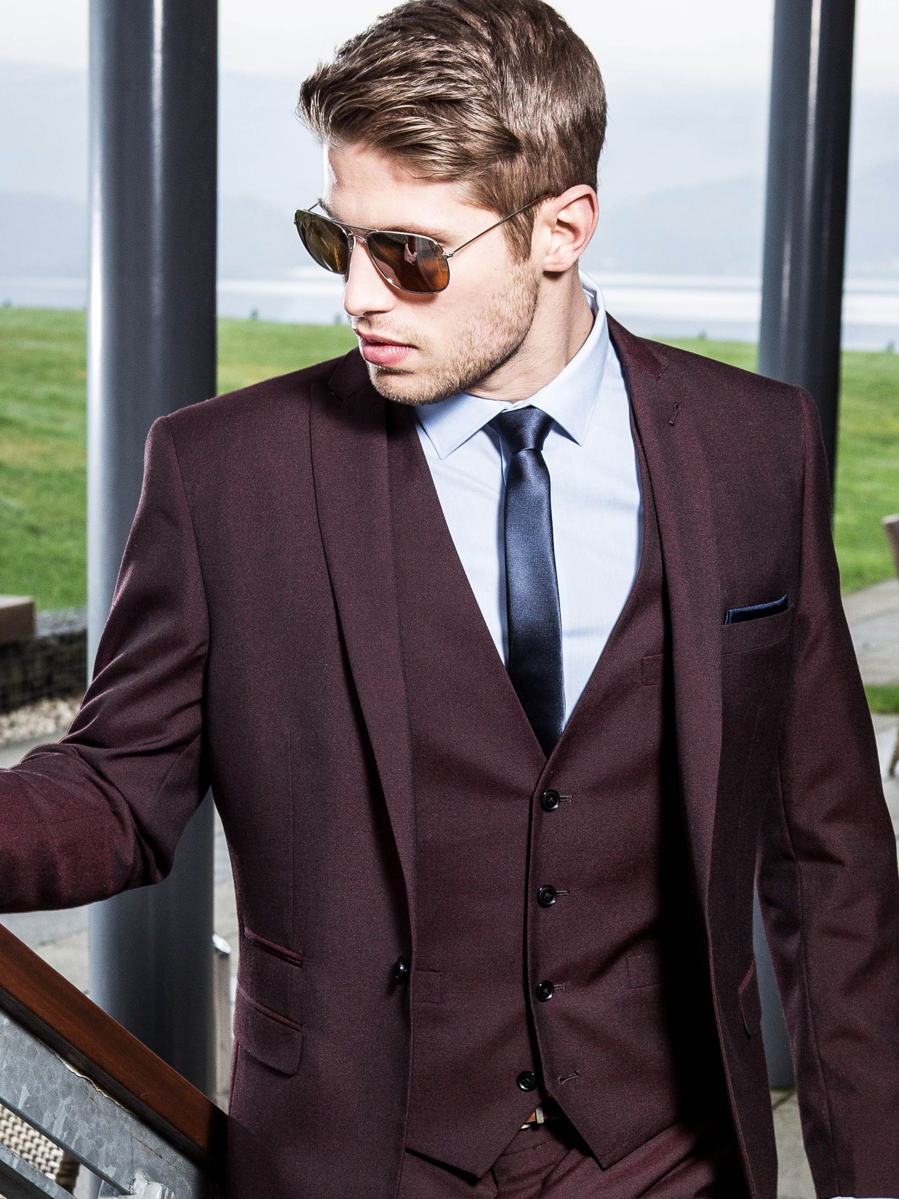 9400a67f206 Mens Burgundy Three Piece Suit - Burgundy Slim Fit Suits