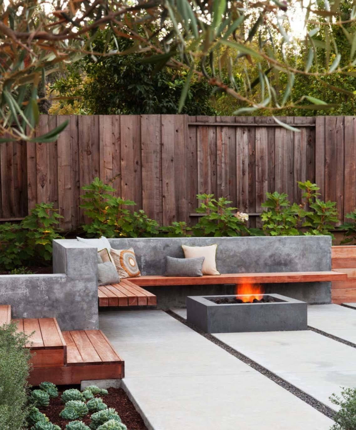 Great Free of Charge Backyard Fire Pit off deck Popular Many of present-day homeowners need for more than a traditional wood deck with a barbecue grill inside their b...  #Backyard #Charge #deck