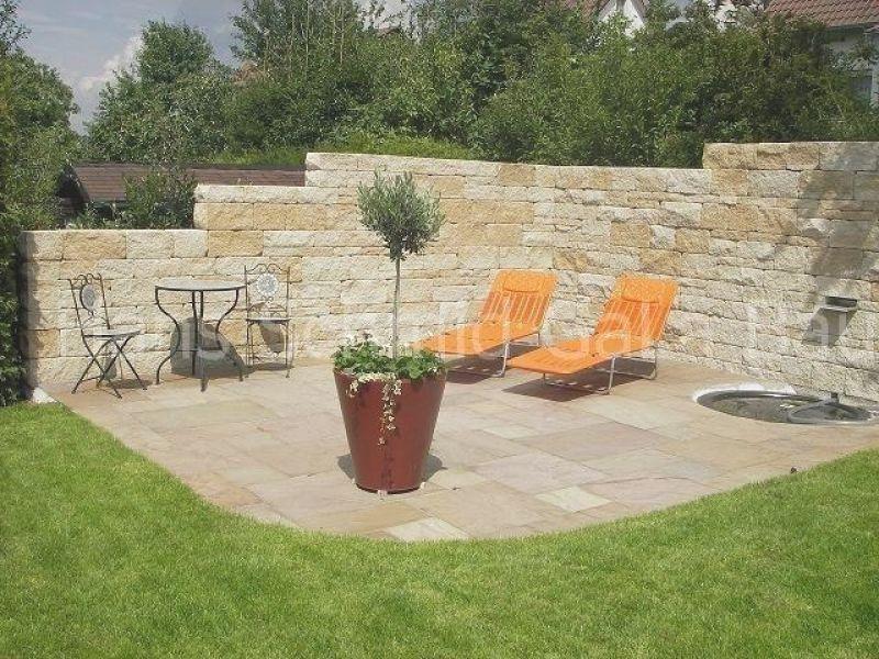 Bildergebnis Fur Steinmauer Als Sichtschutz Im Garten Backen