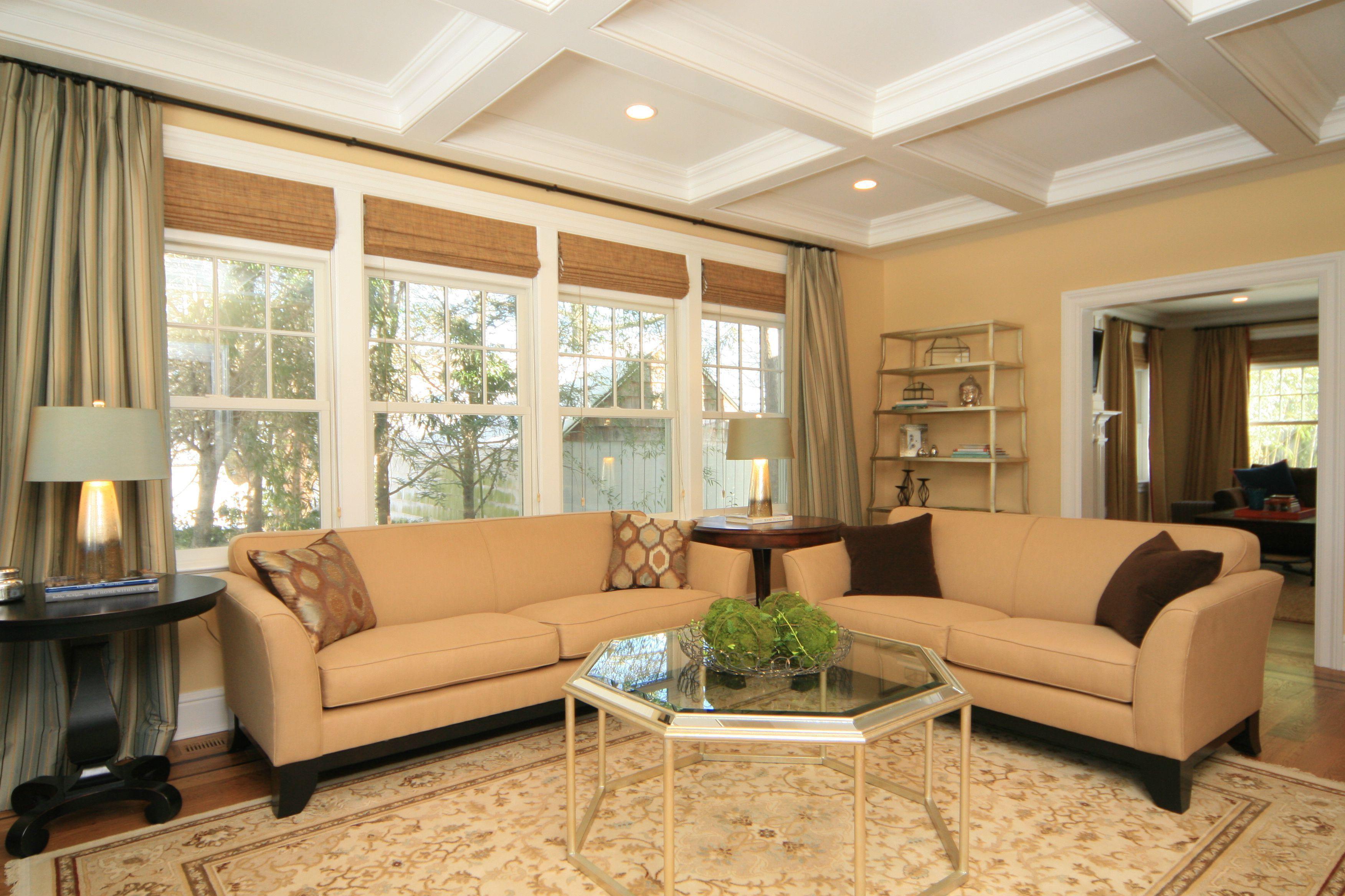 rectangle furniture setup for   living room