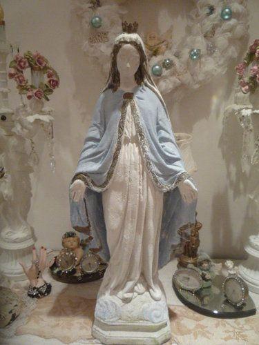 Old Garden Statue: Vintage Chippy Cement Concrete Garden Statue Madonna
