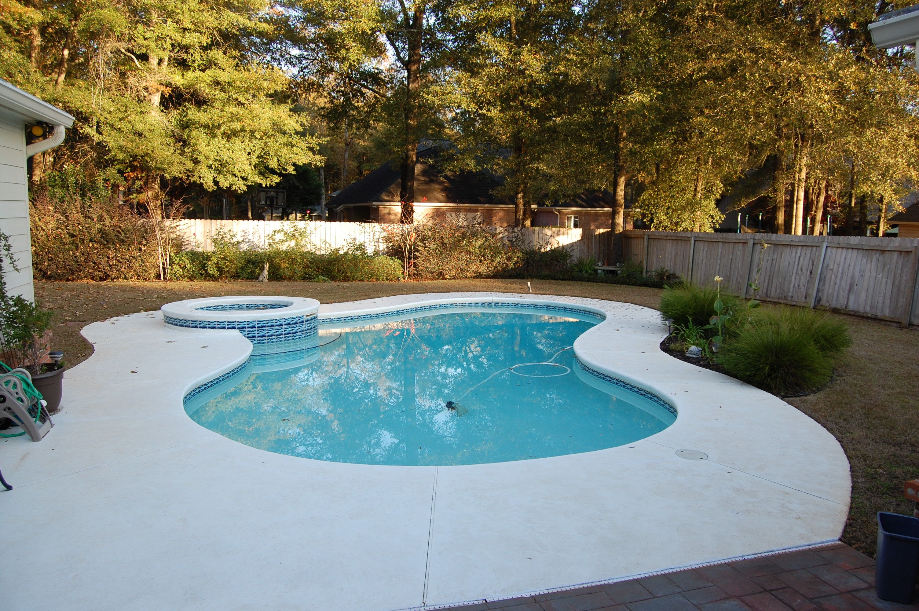 Saltwater Pool In 2019 Backyard Plan Swimming Pools Home
