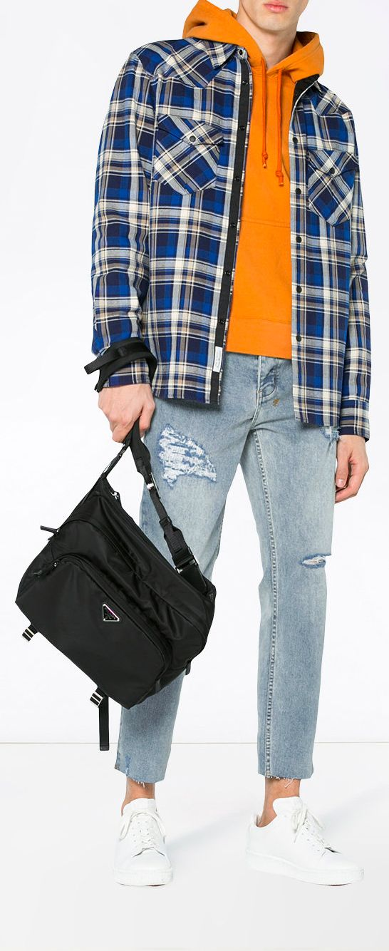 f0a0b0ef1a8f GIVENCHY Distressed Jeans