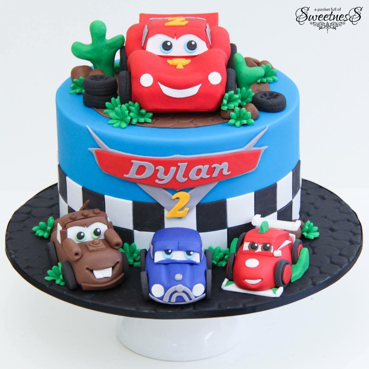 Cars Cake Lightning Mcqueen In 2018 Pinterest Cake Mcqueen