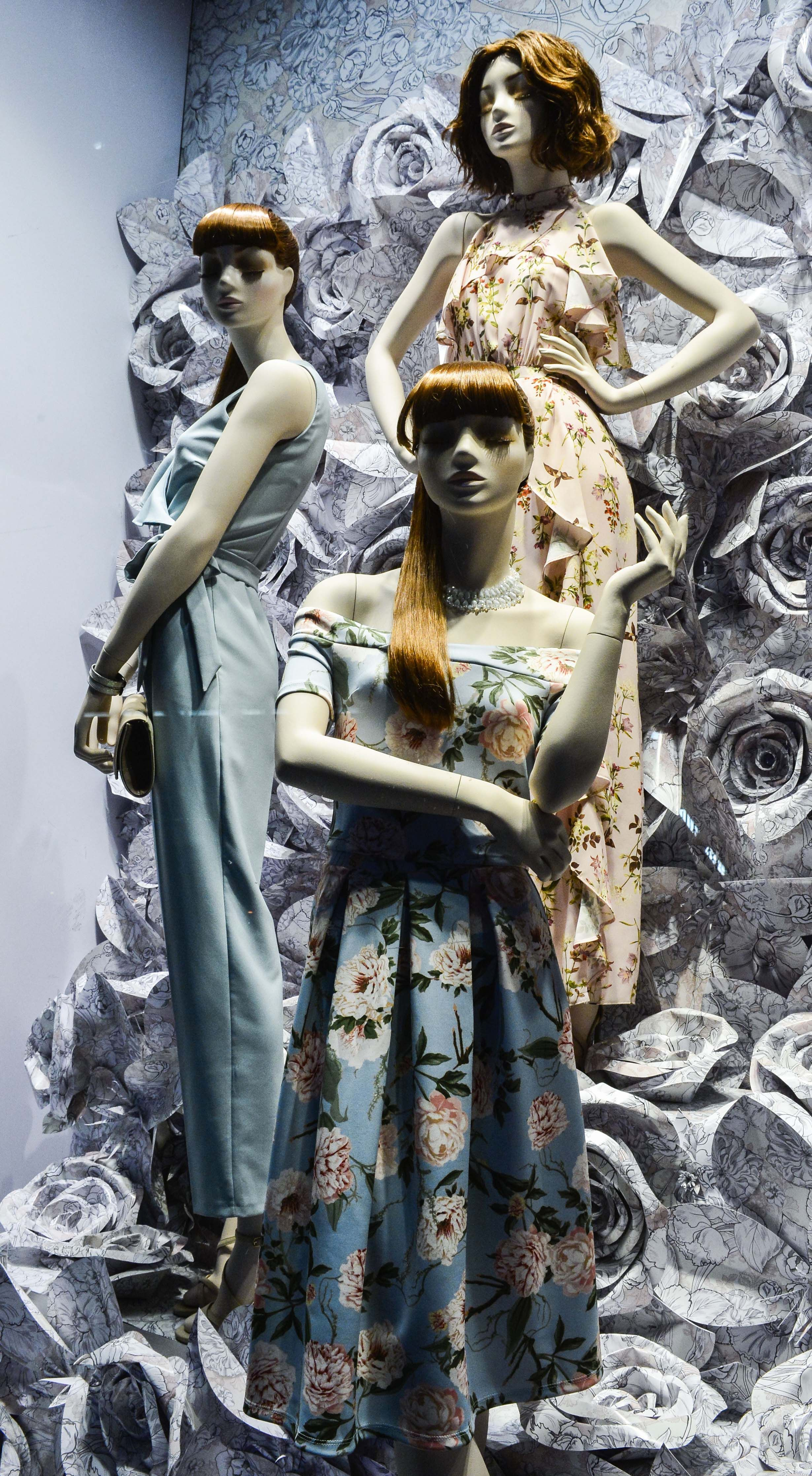 Spring Windows at Miss Selfridge London | Mannequins with customized heads from these collections: Mood: http://www.genesis-display.com/en/collection/847/Mood%20Female, Couture: http://www.genesis-display.com/en/collection/65/Couture & Vision Female: http://www.genesis-display.com/en/collection/19/Vision%20Female
