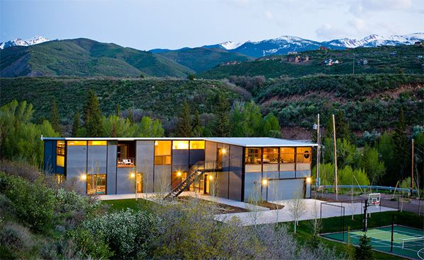 Flatpak Luxury Prefab House in Aspen Colorado