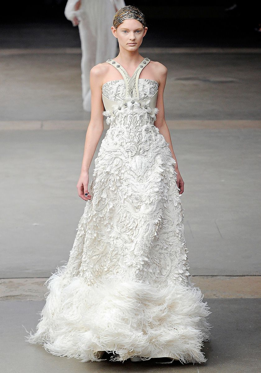 Sarah burton kate middleton wedding dress  Alexander McQueen wedding dress  WEDDING  Pinterest  McQueen