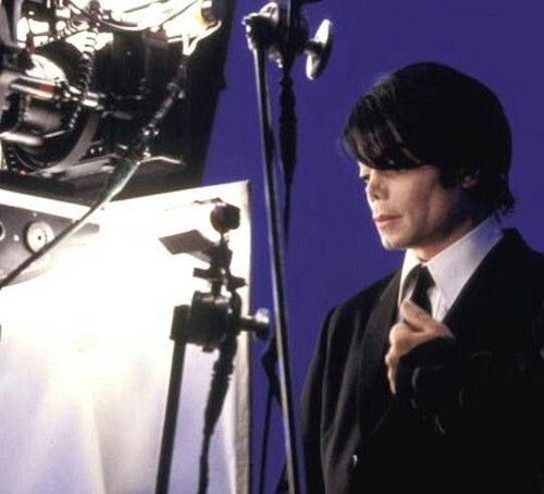 "behind the scene of making ""Men in black 2"" 