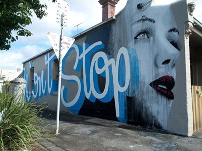 Plateia.co #ValoralaDiversidad #CreatividadsinLimites #PlateiaColombia #artecallejero #streetart Foto: • ARTIST . RONE •  ◦ Don't Stop ◦ collaboration: WONDERLUST location: Melbourne, Australia