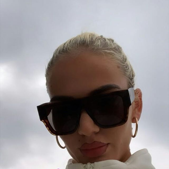 My sexy mommy??❤ . . #mozzik #loredana #familygoals #couplegoals #love #baby #albania #mood #fashion… – positive-generation