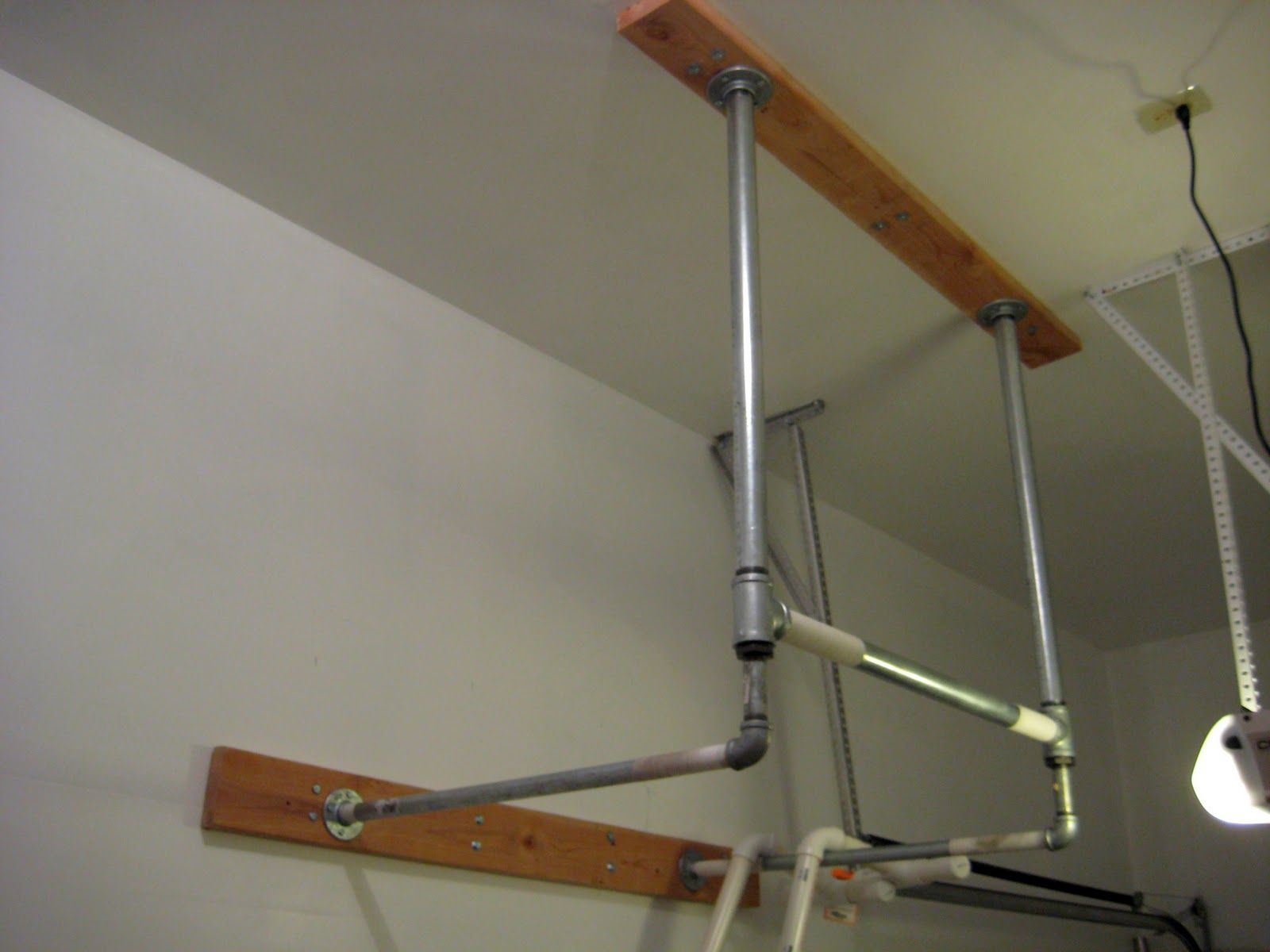 Pull up bar homemade garage crossfit garage gym diy pull up