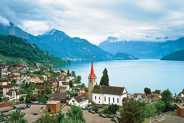 Weggis,Google Image Result for http://www.chicagomag.com/images/2011/0811/C201108-EA-Weggis-Switzerland-lakeside-hamlet.jpg