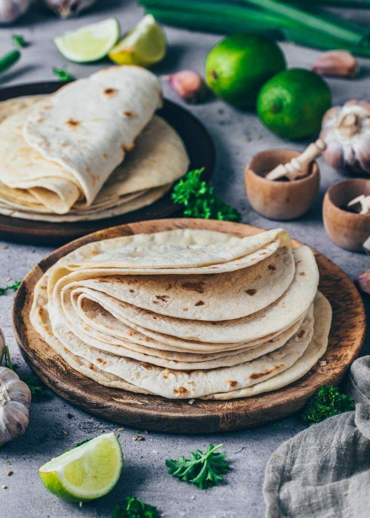 Tortillas Rezept für Tacos, Wraps, Burritos | selbstgemacht - Bianca Zapatka | Rezepte
